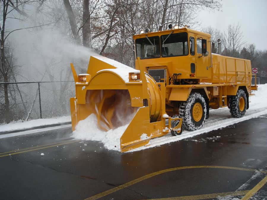 airport grade snow blower in action from CSB Contractors, Inc.